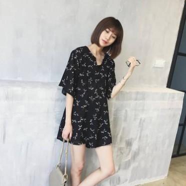 新款素雅小碎花仙仙雪紡裙式v領顯瘦寬松腰短袖連體裙褲