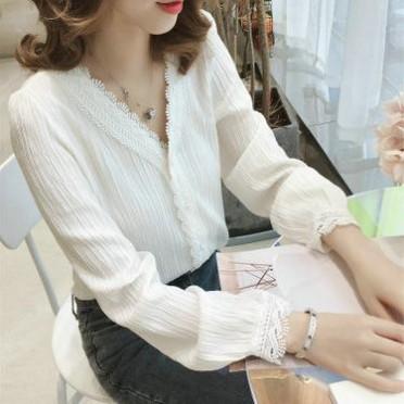 2019新款韩V领蕾丝白色长袖经典衬衫上衣女装男友风宽松套头衬衣