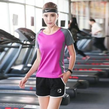 廠家直銷新款運動瑜伽服套裝批發速干上衣吸汗短褲健身服一件代發