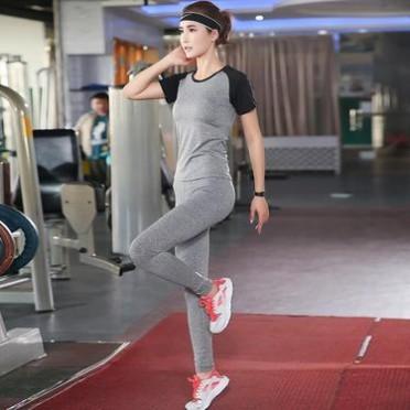 2017新款瑜伽服女士套裝三件套 顯瘦運動健身服 戶外跑步舞蹈服